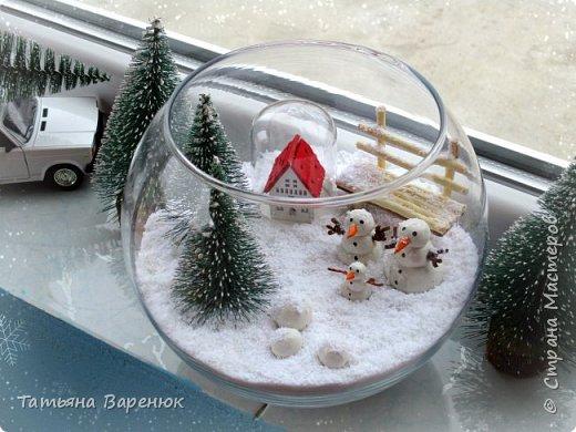 Даже самый обычный вечер может стать ВОЛШЕБНЫМ...✨😉 Создаем волшебную зимнюю сказку своими руками...❄🎄🏠⛄ ️ Как же мне нравятся эти милые приготовления к Новому году, маленькие чудесности сделанные своими руками для украшения квартиры: снежинки, магнитики,елочки,шары, гирлянды... И никакой грустной осени!!!Фантазируйте,творите и радуйте друг друга хорошим настроением. =)❄🎄🍊🎨🍭✨  фото 3