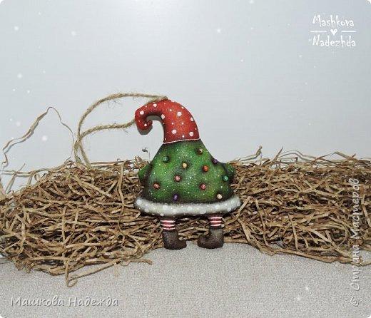 Набор ёлочных игрушек: Символ уходящего года - Крыса, Символ наступающего года - Бык и вечный новогодний символ - Ёлка фото 9