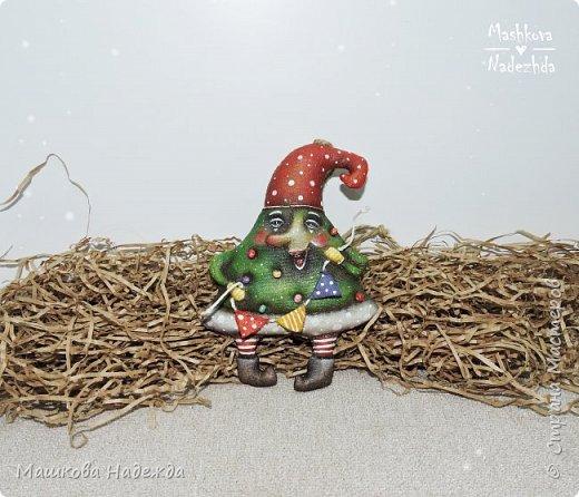 Набор ёлочных игрушек: Символ уходящего года - Крыса, Символ наступающего года - Бык и вечный новогодний символ - Ёлка фото 8
