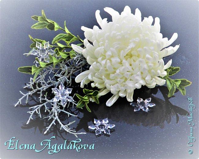 С наступающим Новым годом и Рождеством! Еще немного новогодних композиций из живых цветов от меня для поднятия настроения! Всем желаю здоровья и душевного равновесия! фото 7