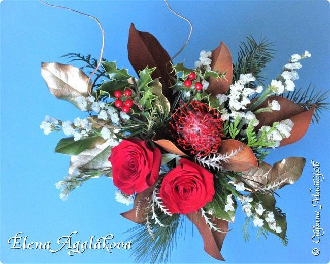 С наступающим Новым годом и Рождеством! Еще немного новогодних композиций из живых цветов от меня для поднятия настроения! Всем желаю здоровья и душевного равновесия! фото 9