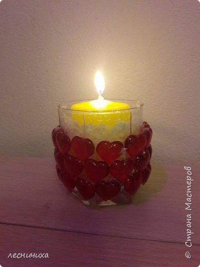 Сделали с внучкой подсвечник из стакана и стеклянных сердечек - всем жителям СМ от наших сердец!!!