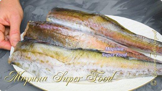 Привет, друзья! Сегодня я поделюсь простым рецептом второго блюда. Рецепт очень легкий. Рыба нежная, вкусная и сочная! Обязательно приготовьте это блюдо для своей семьи!  Все Мастер-Классы с большим количеством фото и подробным описанием рецепта есть на моем канале в ДЗЕН - Марина Super Food  Ингредиенты: филе (минтай или треска) - 1 кг. специи для рыбы - 1 ч.л лук - 2 шт.  сливки жирные 20 % - 150 мл. (или сметана 20%) морковь - 1 шт. сахар - 1/2 ч.л лавровый лист - 1 шт. перец черный горошком - 4 шт. мука - 2 ст.л соль - 1 ч.л сушеный чеснок, укроп по вкусу  Видео рецепт Вы можете посмотреть тут. Я как всегда желаю Вам приятного аппетита, готовьте с удовольствием!