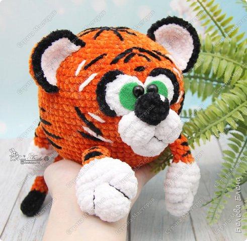 Плюшевый тигр (крючком) - символ 2022