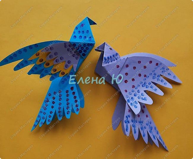 Для одной птички понадобится один лист бумаги формата А4. Бумажные лоскутки для украшения для доработки по вашему желанию)