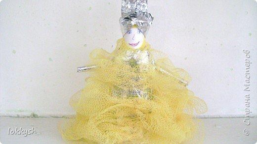 Принцесса в жёлтом платье