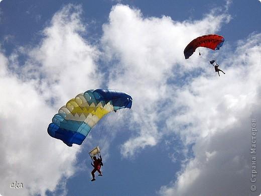 26 июля профессионалы и любители парашютизма отмечают свой профессиональный праздник – День парашютиста. фото 7