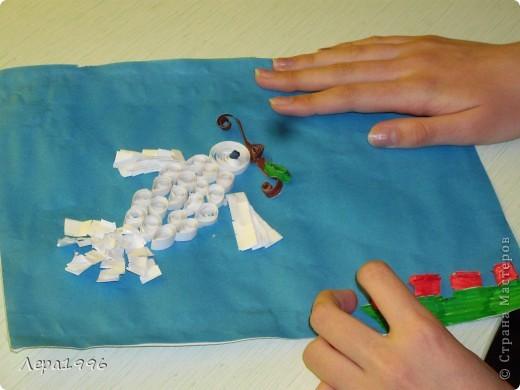 Международный день мира отмечается 21 сентября с 2002 года. Символ дня- голубь мира. Я решила его сделать в технике квиллинг. фото 3