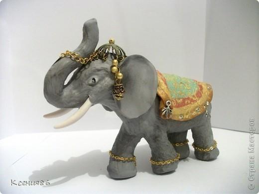 Мое увлечение-это полимерная глина и поэтому решила сделать вот такого индийского слона. Конечно же решила его нарядить)))) фото 2