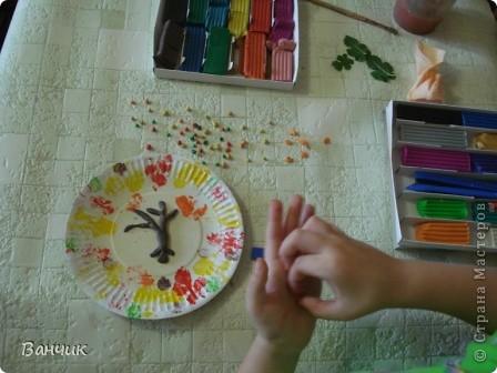 Мне достался день листопада, который приходится на 27 августа - день Михея-Тиховея. Я решил сделать осеннюю тарелочку. фото 6