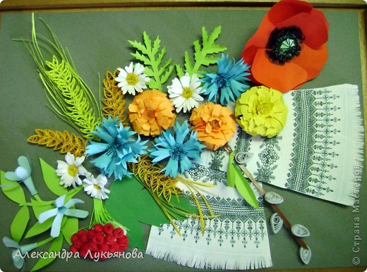 В своей работе я хочу рассказать о цветах и растениях в украинских традициях и культуре. Испокон веков уважают в Украине цветы. Нет ни одного украинского дома, около которого заботливые руки хозяйки не устроили бы яркие цветочные островки. Они милуют глаз, нежно волнуют душу, крепко привязывают наши сердца к родительскому дому. фото 10