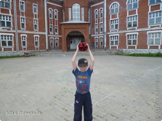 Добрый вечер, жители Страны! Сегодня я представляю работу моего ученика Дениса. Это восточный мяч - головоломка. Мячик сшит по технологии японского шарика - темари.  фото 7