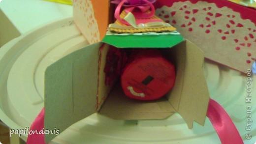 Чтобы поздравить учеников с успешным окончанием 1-го класса, я решила каждому вручить по коробочке с сюрпризом. Так мы еще в мае  отметили грядущий день торта. фото 9