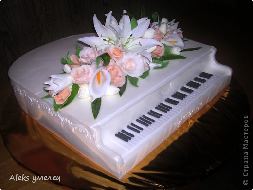 """""""Цветочный"""" торт фото 7"""