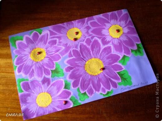 Про фиолетовую хризантему написано множество стихов и песен, ей посвящаются традиционные выставки и торжества . фото 3