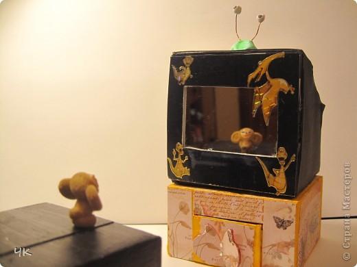 Мой телевизор представляют его почетные созерцатели - Чебурашки фото 1
