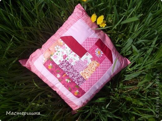 """Сегодня, я покажу лоскутную подушку """"Сердечко"""". Ведь, я выбрала день лоскутного настроения. фото 2"""