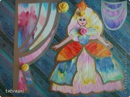С детства  Маша любила смотреть  мультик про Золушку. Смотрела заворожено, ей нравились наряды принцесс. Также она наряжала своих кукол так, как бы хотела одеться сама. Ей нравились бальные платья.  Мария занималась бальными танцами. Я ей шила платья для танцев.  Но до сих пор тема принцесс и нарядов ей очень нравится. Она собирает коллекцию кукол в бальных нарядах.  Мы дарим ей  статуэтки, похожие на принцесс.  «Жила-была принцесса Изабелла.  Она была красивая, веселая, всегда улыбалась и пела песенки. Как все принцессы Изабелла  носила пышные наряды.  Она была красивая и счастливая, потому, что нравилась принцу из соседнего королевства».  фото 8
