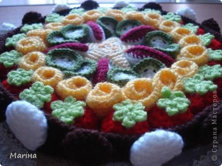 В этот раз выпала замечательная тема - международный день Торта, который отмечается 20 июля. Раз торт, значит надо печь, но... торт будет необычный... из ниток. фото 8