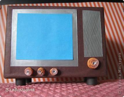 """Мой телевизор - телевизор далёкого прошлого,моего детства,  даже ещё старше  того по которому """"Россия Голландию сделала """". ) Но он уже цветно, а не черно-белый!   фото 3"""