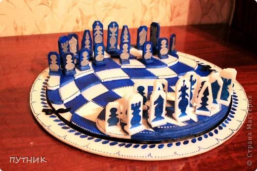 Выставляю свою конкурсную работу. Шахматы. Хотелось сделать что то необычное. Ну,  а как получилось судить вам!!!! фото 1