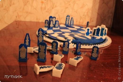 Выставляю свою конкурсную работу. Шахматы. Хотелось сделать что то необычное. Ну,  а как получилось судить вам!!!! фото 3