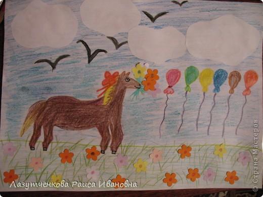 Еще одна работа Леры. Уж очень ей хотелось нарисовать лошадку. фото 4