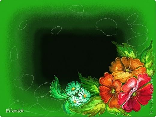 """14 августа 2012 все православные празднуют светлый праздник Маковея, в народе он еще называется медовый Спас. В этот день принято идти утром на службу и освящать мед, маковые пироги, которые хозяйки сами напекли накануне Медового Спаса. В церквях поминают семерых братьев-мучеников Маковеев и их мать Соломию, которые погибли за христианскую веру.Накануне Маковея нужно приготовить """"маковийский цветок"""" – букет, который состоит из многих растений – мяты, чабреца, календулы. Считается, что каждое растение имеет присущее ему магическое значение. Все растения вместе с несколькими головками мака освящаются в церкви. В давние времена освященный мак весной рассеивали на огороде, а засушенные цветы девушки вплетали в косы для укрепления волос. _____________________________________________________  """"Веселый день горит... Среди сомлевших трав Все маки пятнами - как жадное бессилье, Как губы, полные соблазна и отрав, Как алых бабочек развернутые крылья.  Веселый день горит... Но сад и пуст и глух. Давно покончил он с соблазнами и пиром,- И маки сохлые, как головы старух, Осенены с небес сияющим потиром.""""   (Анненский Иннокентий) ____________________________________________  Мак – в мифологии – знак сна и смерти, а цветущий – также символ неувядаемой молодости и женского очарования. Есть несколько легенд, связанных с появлением мака. Древние греки считали, что этот цветок был сотворен богом сна Гипносом для Деметры, когда она настолько устала в поисках своей пропавшей дочери Персефоны, которую украл Аид, повелитель подземного царства мертвых, что не могла более обеспечивать рост хлебов. Тогда Гипнос дал ей мака, чтобы она заснула и отдохнула. С маком иногда и изображали Персефону – ее представляли обвитой гирляндами маковых цветов – как символ спускающегося на землю в это время покоя. По древнеримской легенде – он вырос из слез Венеры, которые она проливала, узнав о смерти прекрасного юноши Адониса. Согласно буддийской легенде, мак вырос на земле, которую коснулись ресницы засыпаю"""