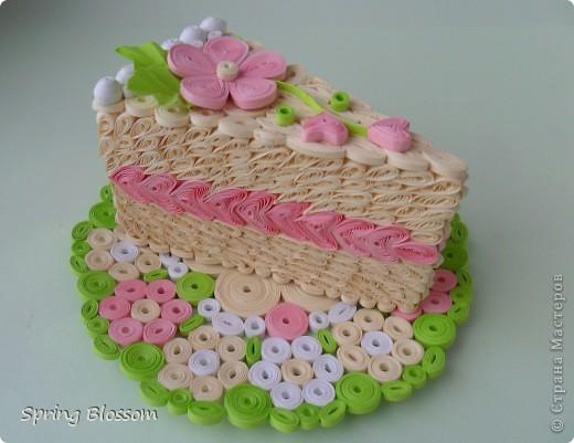 Доброго времени суток, уважаемые мастера и мастерицы! Представляю вам ещё одну свою конкурсную работу, на этот раз посвящённую международному дню торта. фото 4
