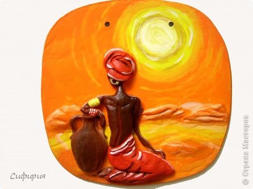 31 июля для женщин африканского континента – особенный. Это – их день. Так, во всяком случае, решили в 1962 году основатели Всеафриканской организации женщин, выбрав в календаре День африканской женщины. Вот уже 45 лет его празднуют во всем мире, отмечая вклад африканок в мировую культуру.  фото 2