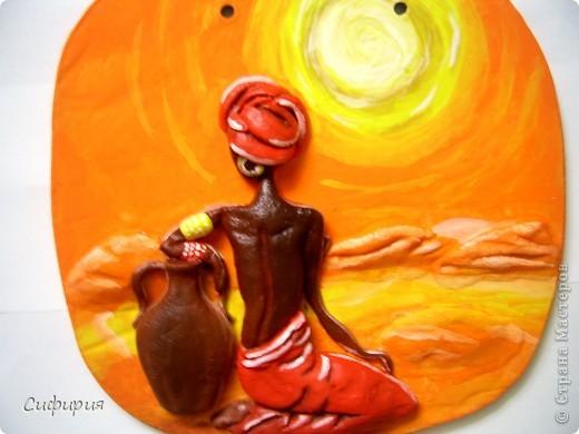 31 июля для женщин африканского континента – особенный. Это – их день. Так, во всяком случае, решили в 1962 году основатели Всеафриканской организации женщин, выбрав в календаре День африканской женщины. Вот уже 45 лет его празднуют во всем мире, отмечая вклад африканок в мировую культуру.  фото 5