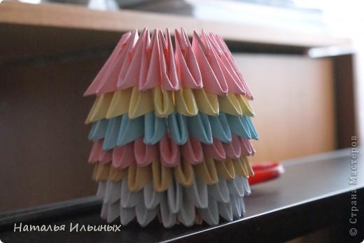 Я очень люблю животных. Свою работу я выполнила в технике модульного оригами.  фото 3