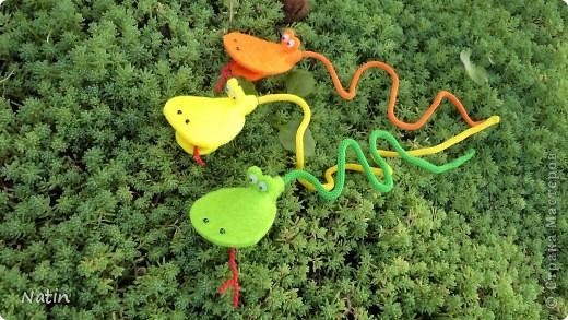 В нашей мастерской стало доброй традицией начинать учебный год с талисмана года будущего. Вот с такими змейками мы встретим новый 2013 год. фото 3