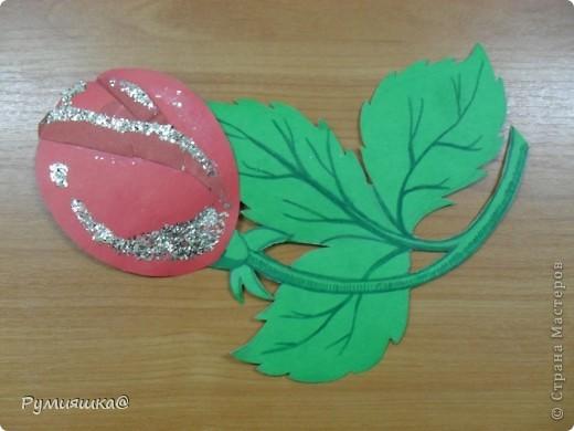 Ко дню руководителя я своей классной руководительнице подарю такой цветочек,которую я изготовила сама. фото 1