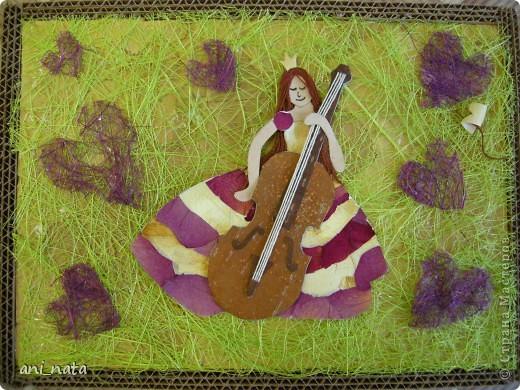 Внезапно все переменилось, Я вдруг в виолончель влюбилась — На ней исполнил педагог Мой недоученный урок.  фото 1