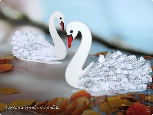 Дай крылья, чтоб в небо я отправился И в облаках нашел напевы новые, Особенные, вихревые, снежные... Крылатые тени Пернатых видений, Птицы с длинной шеей!  (пер. В. Ярхо).  фото 6