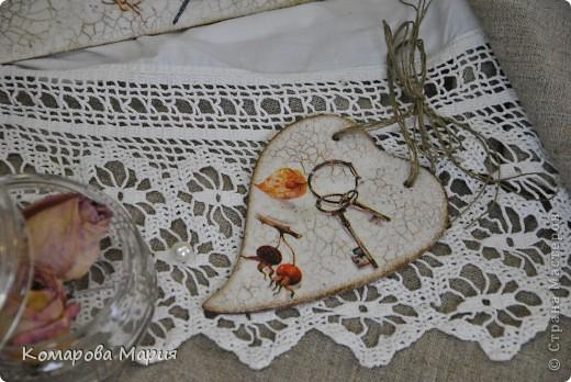 """Ключница и бирка """"Сокровища"""" Для одних сокровище — это золото, бриллианты, а для других — воспоминания, засохший цветок в страницах старой книги и ключи… от сердца любимого… фото 4"""