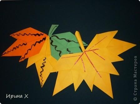 Отгадайте загадку: Пришла без красок и без кисти И перекрасила все листья.  Догадались? ....Конечно же это осень. Совсем недавно я научился делать осенние листочки. У нас в школе проходил фестиваль осенних листьев.   фото 1