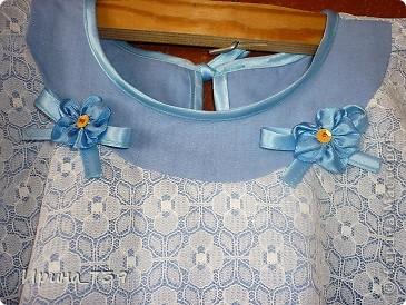 Платье для крестницы на крестины. На уроке технологии изучали пошив ночной сорочки. Алина решила сшить платье для своей маленькой крестницы платье на крестины.  Построила чертеж, выполнила моделирование, подобрала ткань... Вот что получилось. Думаю, очень даже не плохо! фото 2
