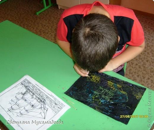 Вадим предпочитает военную тематику, поэтому он выбрал День моряков. фото 4