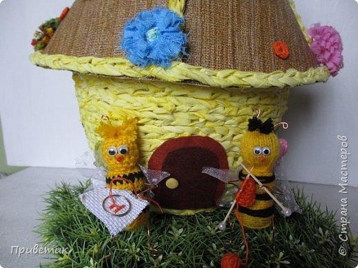 Для конкурса мной был сделан уютный домик-улей. А как же иначе? в Стране Мастеров есть Пчелки, значит у них есть улей. фото 13