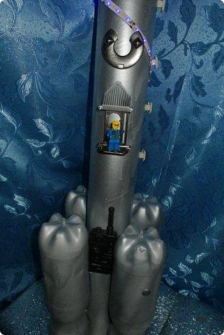 """Доброе время суток, друзья! Вновь  и вновь рады приветствовать  вас на страничке нашего блога! Разрешите представить  вам  наш макет  космического корабля,  который  мы с ребятами назвали """"Стрела"""" И так  5, 4, 3, 2, 1. Пуск! фото 12"""