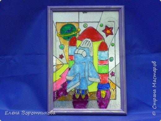 """Саше очень интересна тема """"Космические корабли и ракеты"""". Он решил нарисовать «Буран» — орбитальный корабль-ракетоплан. фото 1"""