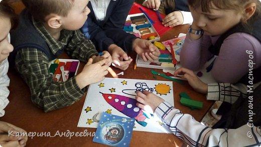 Мы впервые решили участвовать в конкурсе. Тема космоса нам очень интересна, потому что мы земляки Юрия Алексеевича Гагарина.  фото 4