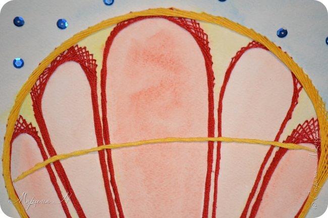 Воздушный шар выполнен в технике изонить фото 7