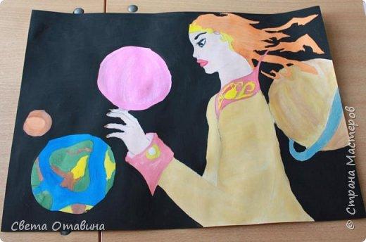 """Ульяне я  предложила поучаствовать в конкурсе """"Дорога к звездам"""". Девочке нравится рисовать, она заинтересовалась этой темой.  фото 1"""
