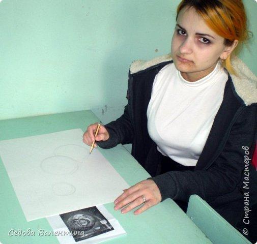 """Я, Шарапова Надежда, очень люблю рисовать космос. У меня много работ на эту тему. Я хочу представить Вашему вниманию свою работу """"Галактика"""", формат А3. Рисунок выполнен гуашью. фото 2"""