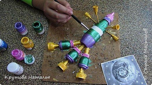 Из всех тем Вике приглянулась эта. И вот  такой летательный аппарат полетел на Сатурн с ее помощью. А теперь как это было... фото 8
