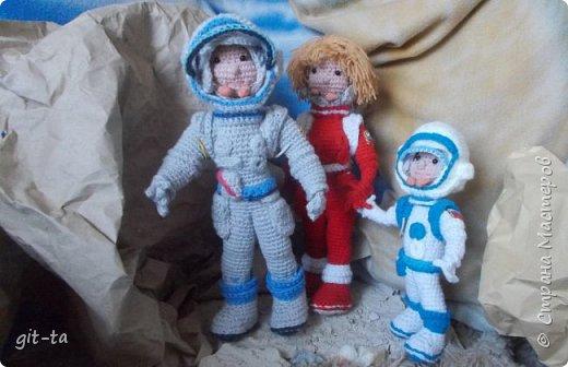 Внимание, внимание! Сегодня, в день 55-летия первого  полёта в космос землянина Юрия Гагарина, первая межпланетная космическая экспедиция докладывает: есть контакт с внеземной цивилизацией! фото 8