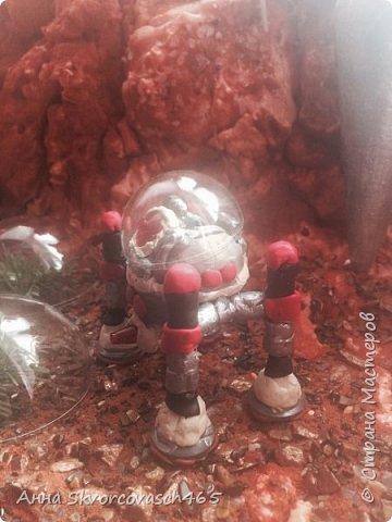 Внимание! Внимание! Приглашаем в необычное и увлекательное путешествие на планету МАРС! Все пристегнулись? Тогда полетели!))) И вот мы  уже и на Марсе. Перед нами неописуемой красоты горы и ущелья, их алый цвет завораживает своей красотой. фото 8